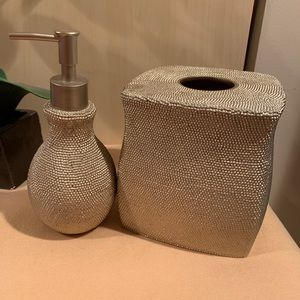Other - Metallic Gold Tissue holder and Soap Pump